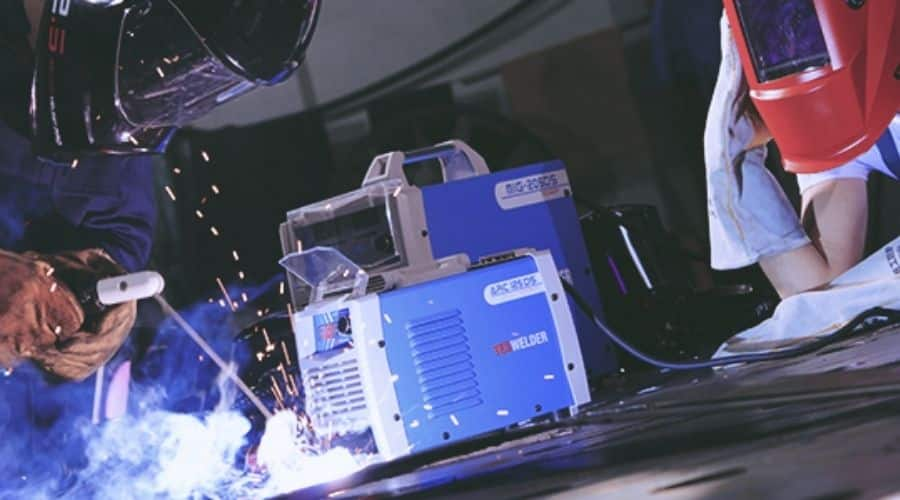 How To Choose The Best Arc Welder For Beginners