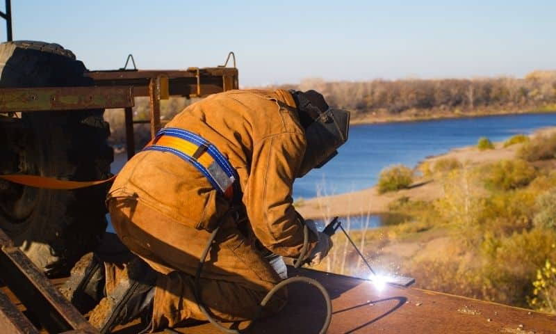 What Is A Rig Welder
